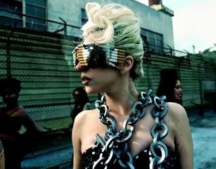 lady-gaga-cigarette-shades-telephone-video